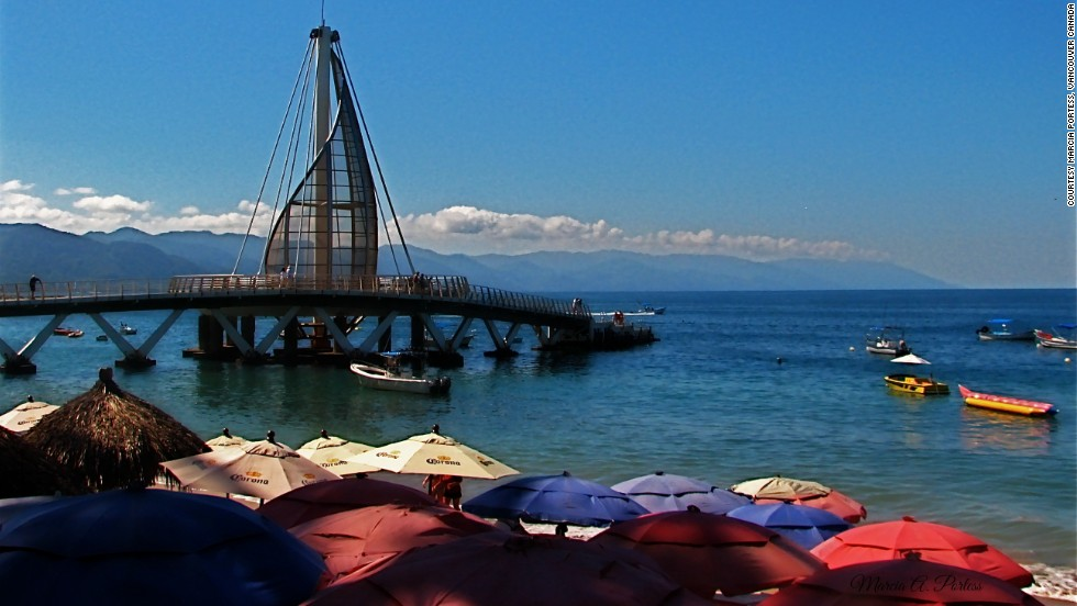 Mexico's Los Muertos Pier is especially popular with couples -- Los Muertos is one of Puerto Vallarta's most romantic areas.