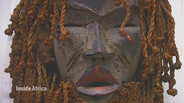 African mask reveals hidden truth
