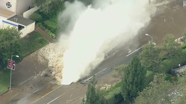 Water main break floods parts of UCLA