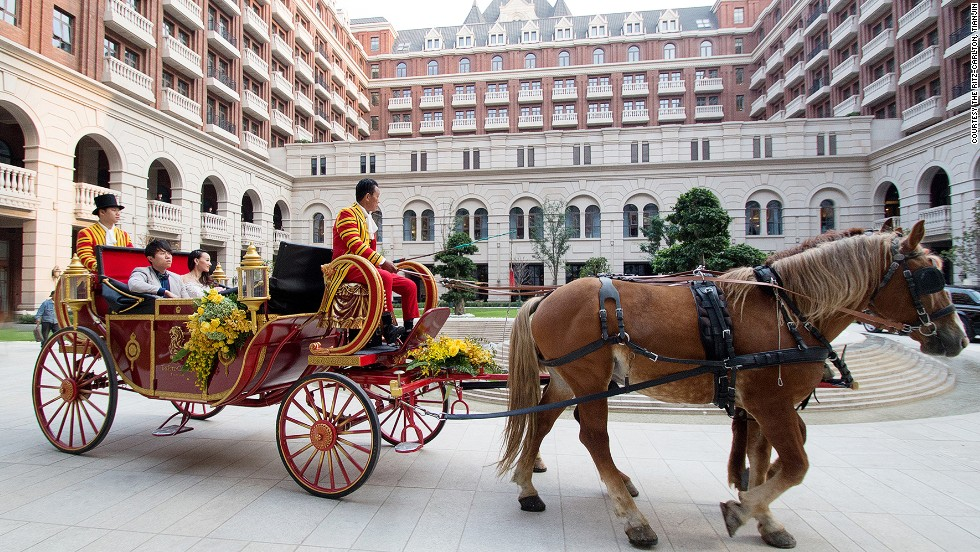 In The Ritz-Carlton, Tianjin, a 30-minute tour on a carriage around the former British concession is available for RMB50,000 ($8,100).