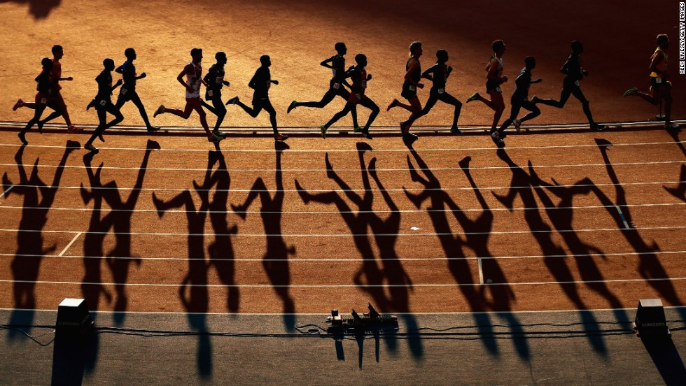 Athletes compete in the 10,000-meter final Friday, August 1, at the Commonwealth Games in Glasgow, Scotland. Uganda's Moses Kipsiro won gold in the event.
