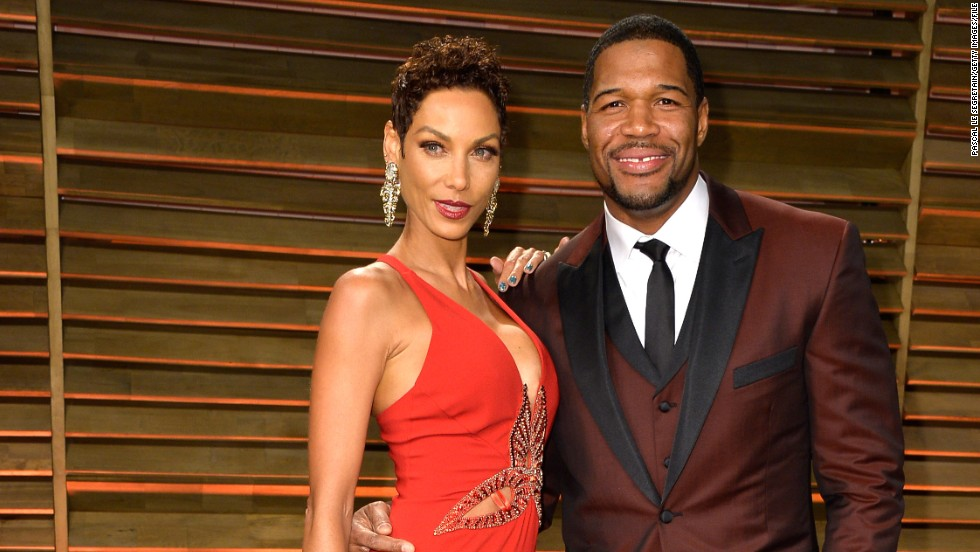 "It looks like Michael Strahan and model/TV personality Nicole Murphy aren't going to make it down the aisle. <a href=""http://www.people.com/article/michael-strahan-nicole-murphy-end-engagement"" target=""_blank"">People magazine confirmed</a> that the couple has ended their five-year engagement. ""They love each other very much, but with the distance and work schedule it has been hard to maintain the relationship,"" Strahan's rep told the publication."