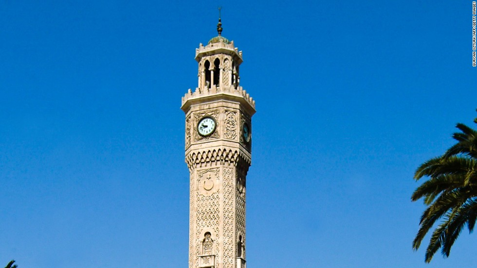 <strong>Izmir Clock Tower, Izmir, Turkey</strong><br /><strong>Completed: </strong>1901<br /><strong>Height: </strong>25 meters (82 feet)<br /><strong>Architect: </strong>Raymond Charles Pere<strong><br />Special feature</strong><br />There are four small fountains at the base of the tower.<br /><strong>Historic gesture</strong><br />The clock was a present from German emperor Wilhelm II to Sultan Abdulhamit II of the Ottoman Empire as a gesture of friendship.<em><br />Izmir Clock Tower, Konak Sqaure, Izmir, Turkey</em>