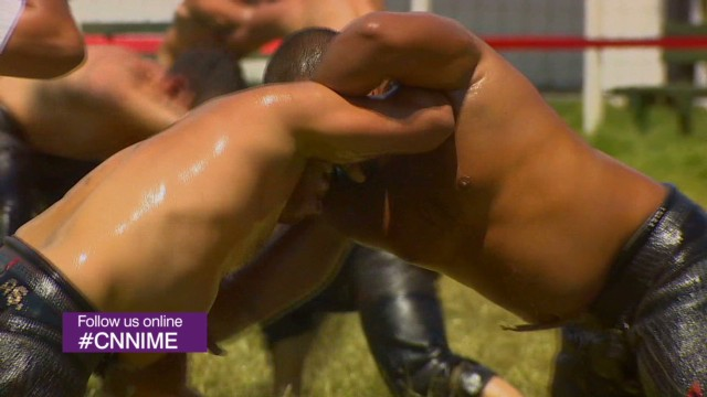 Oil wrestling with Turkish giants