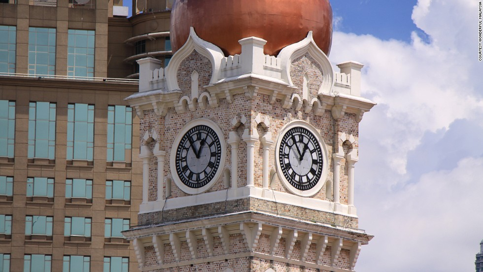 "<strong>Sultan Abdul Samad Building's Clock Tower, Kuala Lumpur, Malaysia</strong><br />The clock tower marked the country's independence at midnight on August 31, 1957, when the Malaysian flag was hoisted for the first time. Jalan Raja (the main road in front of the Sultan Abdul Samad Building) is closed during nights of special occasions, making it easier for the public to get closer to the building. <em><br /><a href=""http://www.wonderfulmalaysia.com/attractions/sultan-abdul-samad-building.htm"" target=""_blank"">Sultan Abdul Samad Building</em></a><em>, Jalan Raja, Merdeka Square, Kuala Lumpur, Malaysia </em>"