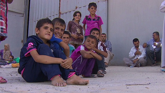 Iraqis shelter in unfinished buildings