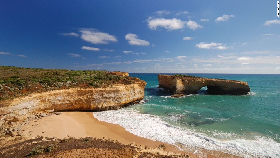 "A gem in Australia's <a href=""http://parkweb.vic.gov.au/explore/parks/port-campbell-national-park"" target=""_blank"">Port Campbell National Park</a>, London Bridge is an offshore rock formation that partially collapsed in 1990 and became a bridge without a connection."