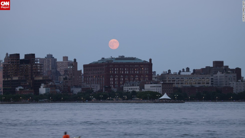 "<a href=""http://ireport.cnn.com/docs/DOC-1160484"">Andy Szeto </a>experienced what he called ""pure joy"" watching the supermoon rising over Hoboken, New Jersey, on Sunday. ""I was also happy to see so many photography enthusiasts taking pictures of the supermoon right next to me."""