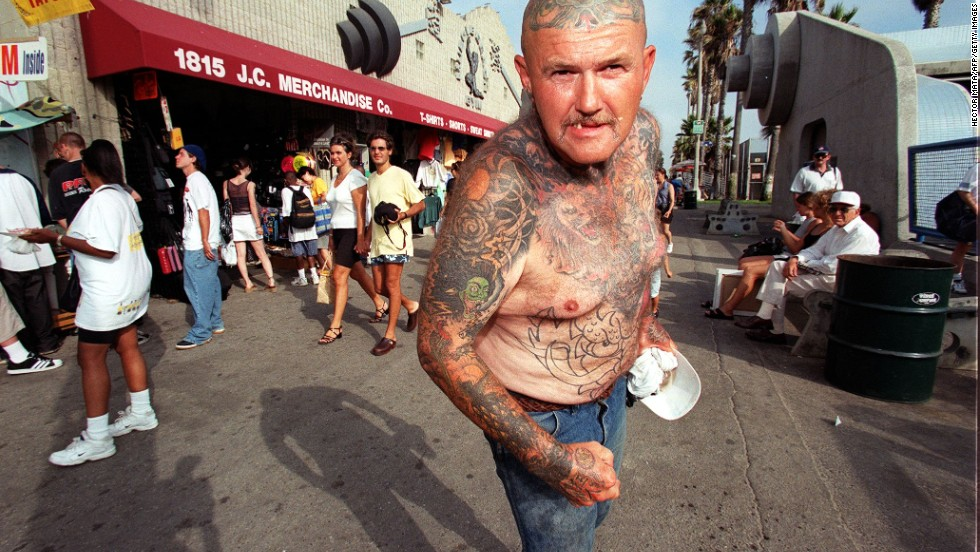 <strong>Don't be weirded out by Venice Beach.</strong><br />If every day is like an R-rated variety show overseen by an LSD aficionado -- and in Venice Beach it is -- you deal with it. Calmly. Like this gent.