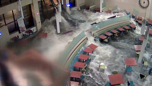 dnt khgi flash flood in hospital_00000703.jpg