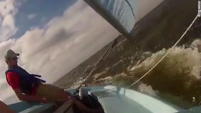 pkg sinking sailboat_00000127.jpg