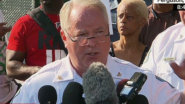 Police name cop who shot Michael Brown