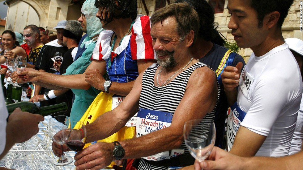 The increasing popularity of the Medoc Marathon means competitors face an online scramble for a place. Many race competitively to win prizes of ... yep, wine.