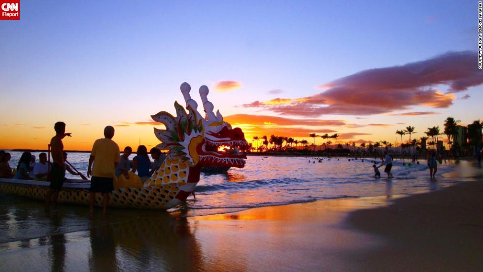 "Sunset at the <a href=""http://ireport.cnn.com/docs/DOC-822730"">Duke Kahanamoku Lagoon</a>, a popular <a href=""http://www.hawaiiforvisitors.com/oahu/attractions/kahanamoku-beach.htm"" target=""_blank"">man-made pool</a> in Waikiki."