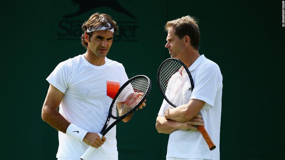 Roger Federer splits with coach Stefan Edberg ahead of 2016 season