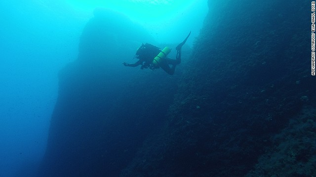 Solving the mystery of the 2,100-year-old shipwreck