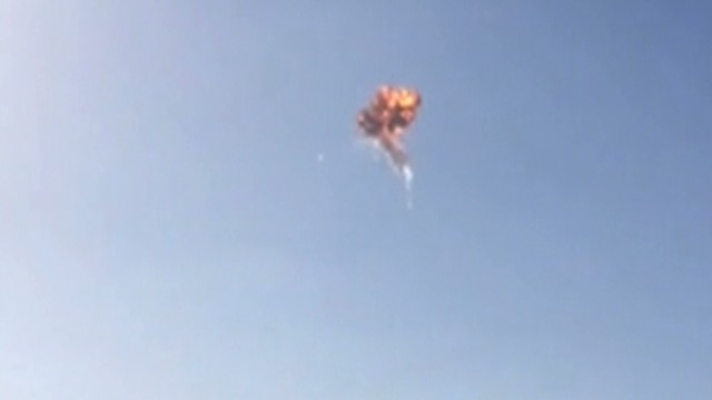 SpaceX rocket explodes in test flight