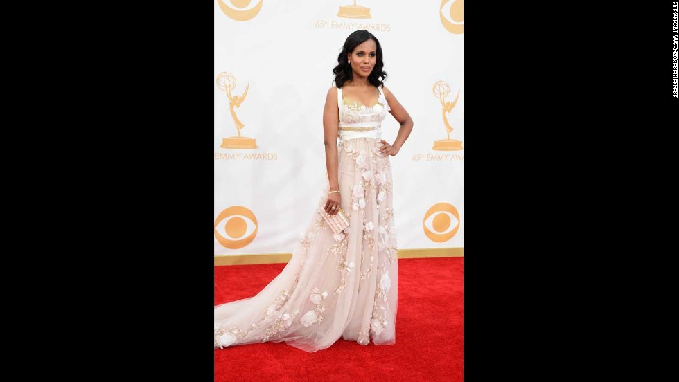 Kerry Washington glowed in an etheral, floral-themed gown at the 2013 Emmys.