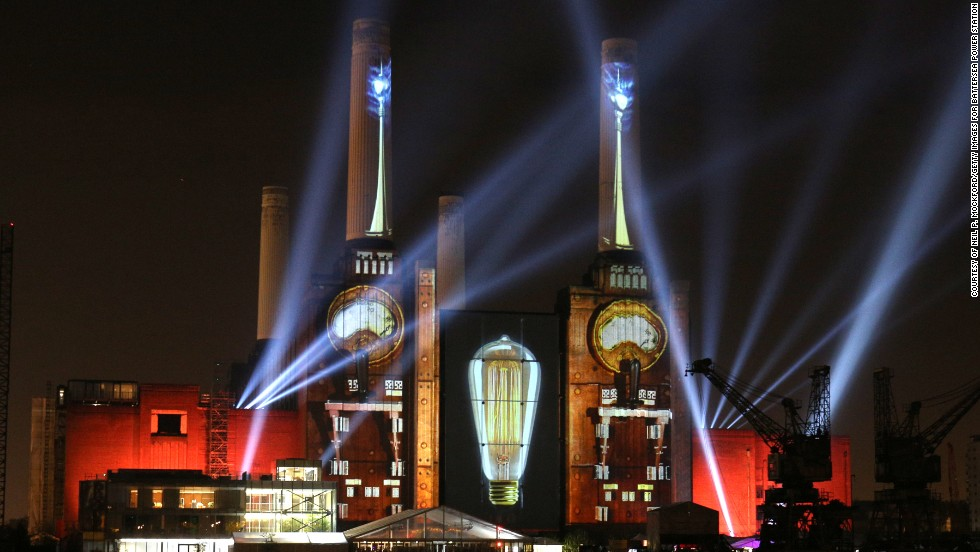 Despite the ongoing controversy, the redevelopment of the station has stirred excitement. To celebrate the building's redevelopment, The Battersea Power Station Development Company launched an annual party in April 2014.