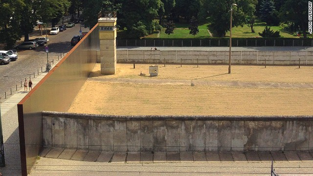The Wall's original Death Strip is visible along the route.