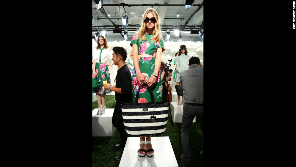 Kate Spade designed many pieces in her spring collection with graphic poppies.