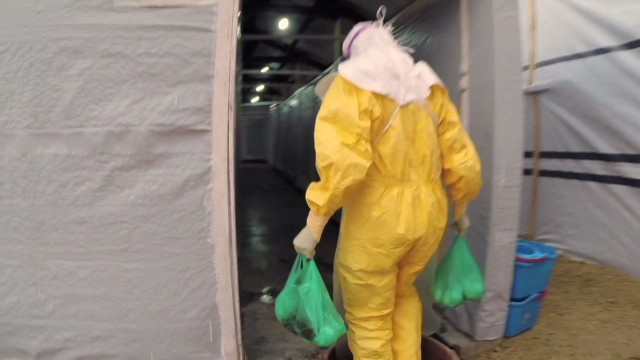 U.S. steps up efforts in Ebola fight