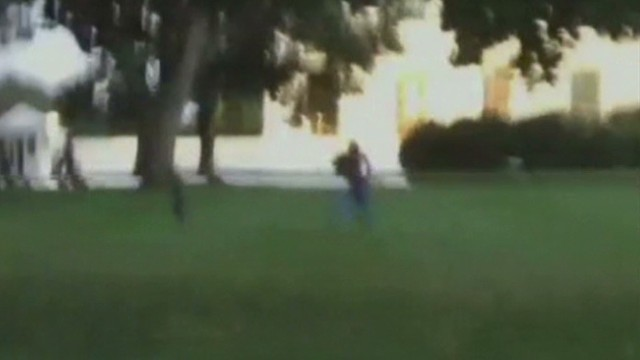 Video shows White House fence jumper