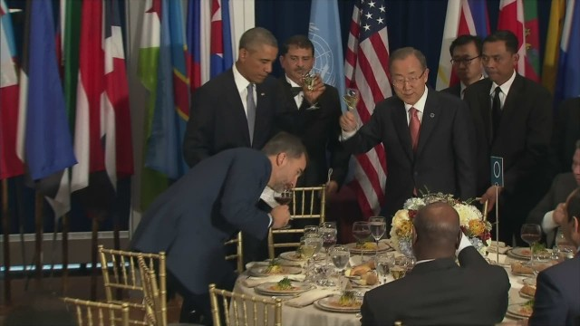 Obama.united.nations.lunch.toast_00005327.jpg