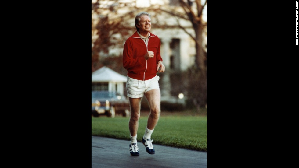 Carter jogs on the South Lawn of the White House in December 1978.