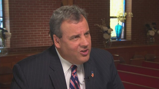 Christie: Pres should share ISIS blame