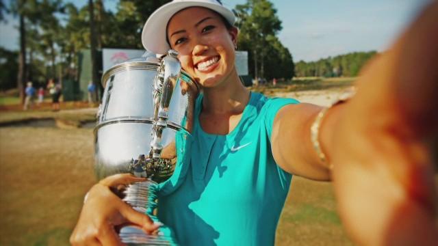 spc living golf women stars c_00054720.jpg