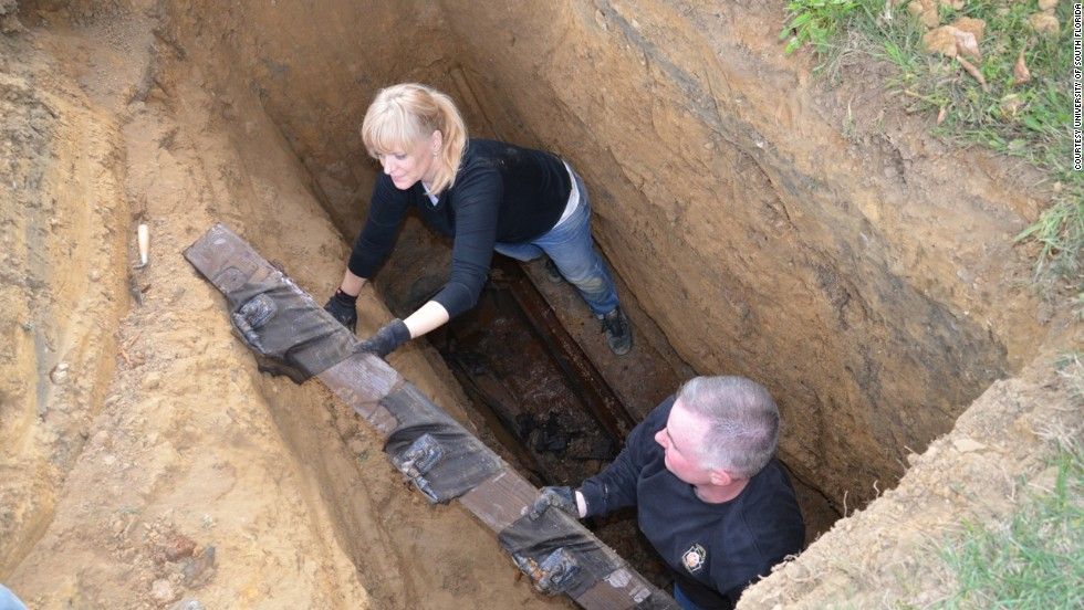 Can You Be Buried On Your Own Property In Florida