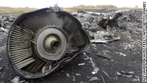 MH17: Ukraine had reason to close airspace before crash, investigators say