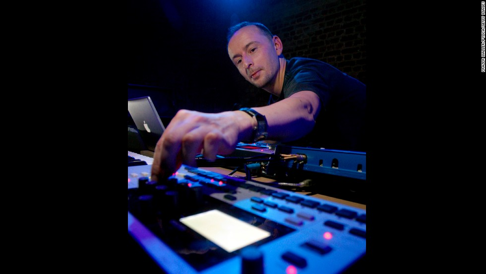 "<a href=""http://www.cnn.com/2014/10/14/showbiz/mark-bell-lfo-death/index.html"">Mark Bell</a>, who founded the highly influential techno-music duo LFO and later collaborated with Bjork on several iconic albums, died of complications from a surgery, his record label said October 13."