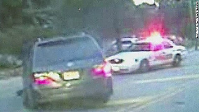 mxp dash cam video shows officer dragged by car_00004716.jpg