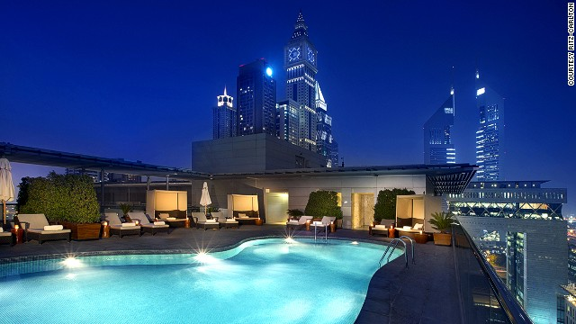 11 of the world 39 s best business hotels for Biggest hotel of dubai