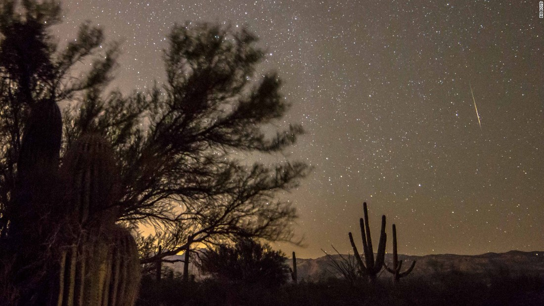 Meteor Shower Peaking Overhead
