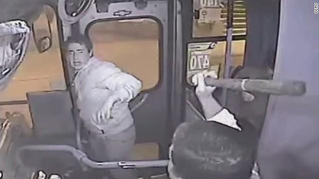 erin dnt moos bus driver beat down_00003930.jpg