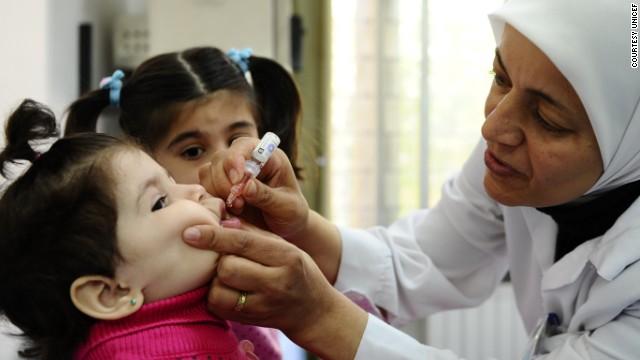 Más de 500 padres pakistaníes arrestados por no vacunar a sus hijos contra la polio