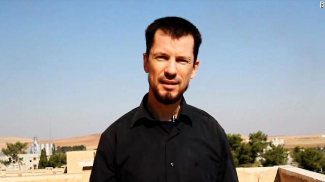 El rehén inglés John Cantlie aparece como 'presentador' en video de propaganda de ISIS