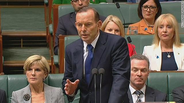 Australia imposes visa ban over Ebola