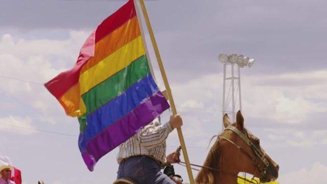 orig lisa ling this is life gay rodeo _00012803.jpg