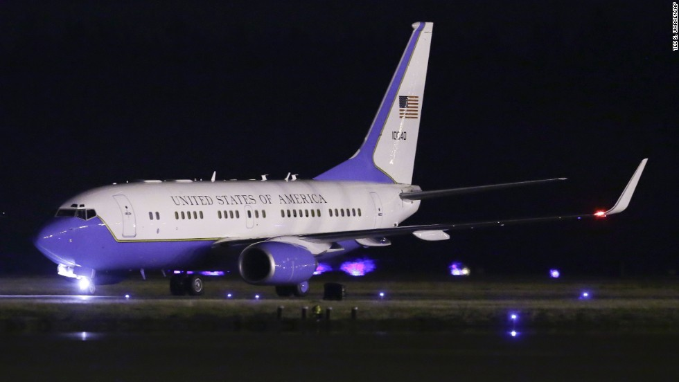 The plane carrying Kenneth Bae, Matthew Miller and James Clapper, U.S. director of national intelligence, lands at Joint Base Lewis-McChord, Washington.