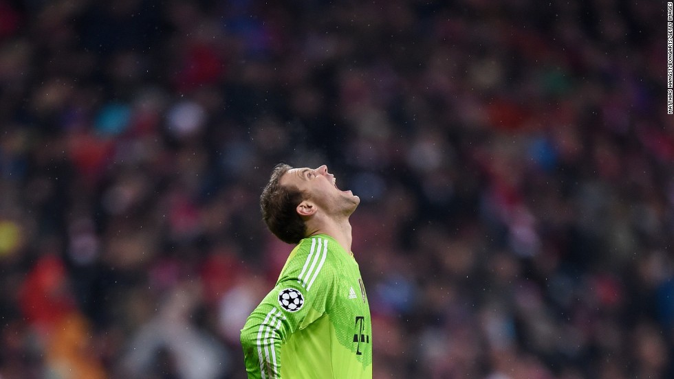 Manuel Neuer of Bayern Munich reacts during the UEFA Champions League Group E match against AS Roma at Allianz Arena in Munich, Germany, on Wednesday, November 5. Bayern beat Roma 2-0.