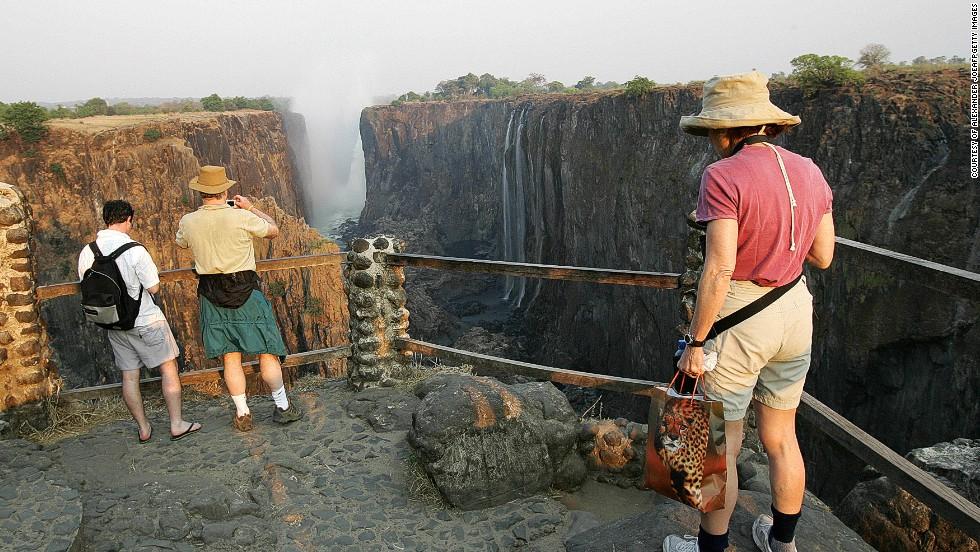 Victoria Falls Figures The Magnificent Victoria Falls