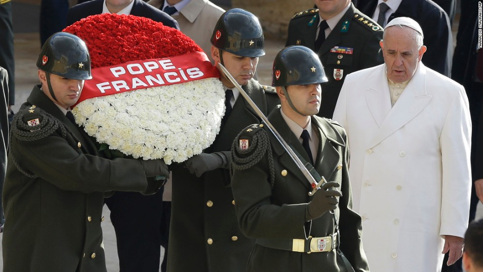 Pope Francis follows Turkish soldiers carrying a wreath at the Ataturk Mausoleum on November 28.