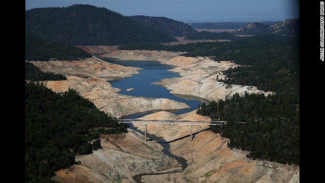 As the severe drought in California continues for a third straight year, water levels in the State's lakes and reservoirs is reaching historic lows.