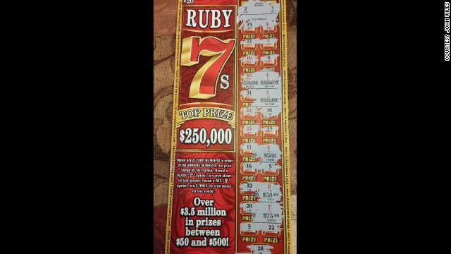 Error de impresión en boleto de lotería deja a un hombre sin 500.000 dólares