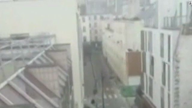 newday sot paris shooting rooftop amateur video_00002706
