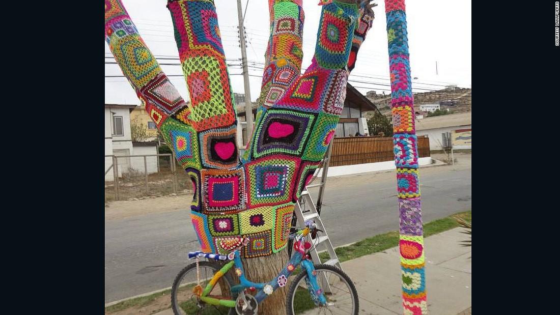 Chilean Yarn Bombers Plot Knitting Revolution Cnn Com